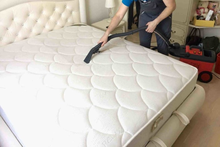 cleaning mattresses